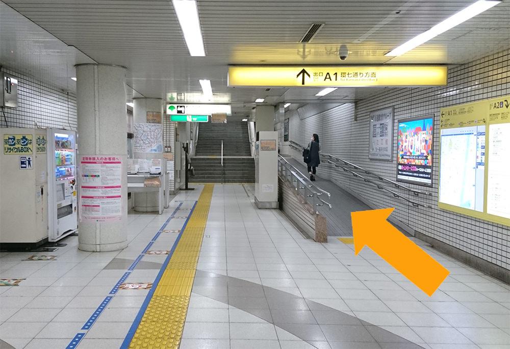 写真:都営新宿線一之江駅改札